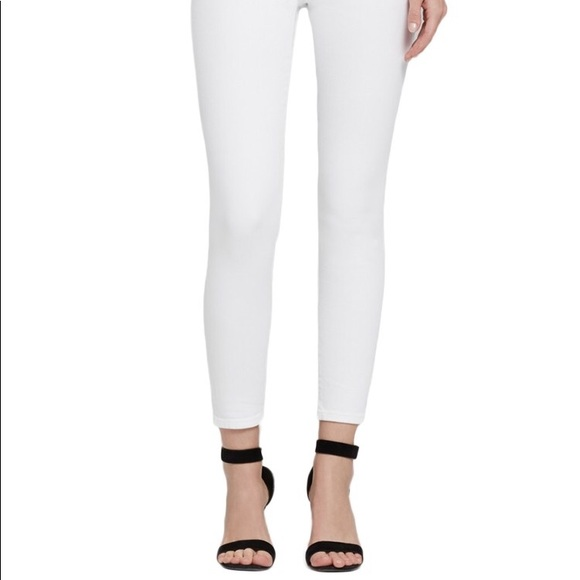 5b64b4f8925 Citizens Of Humanity Denim - 🌸COH High Rise Rocket Crop in Optic White!